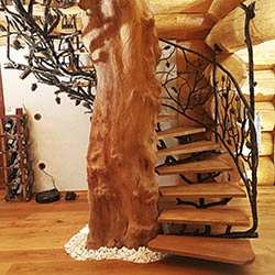 FORGED PINE TREE AS A MOTIF FOR INTERIOR ACCESSORIES (April 2018)